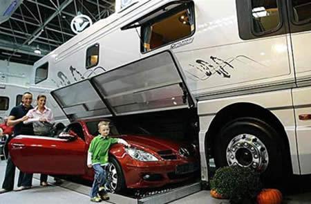 Volkner Mobil With Garage